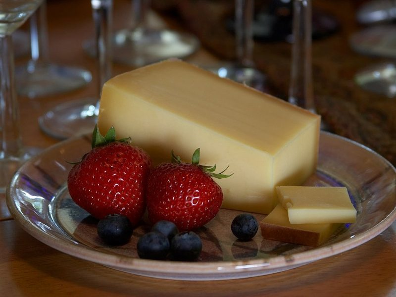 what can i use instead of gruyere cheese
