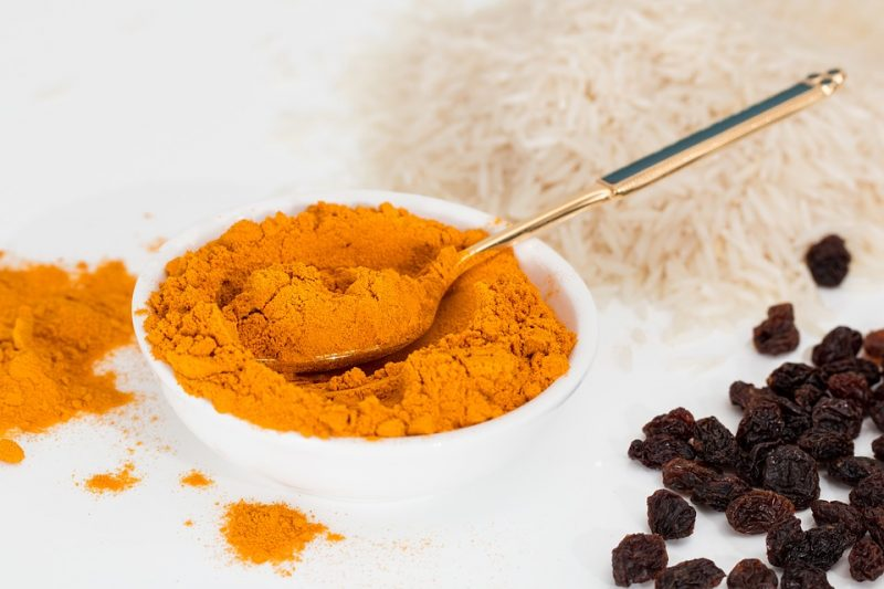 Turmeric-Side-Effects-and-Caution