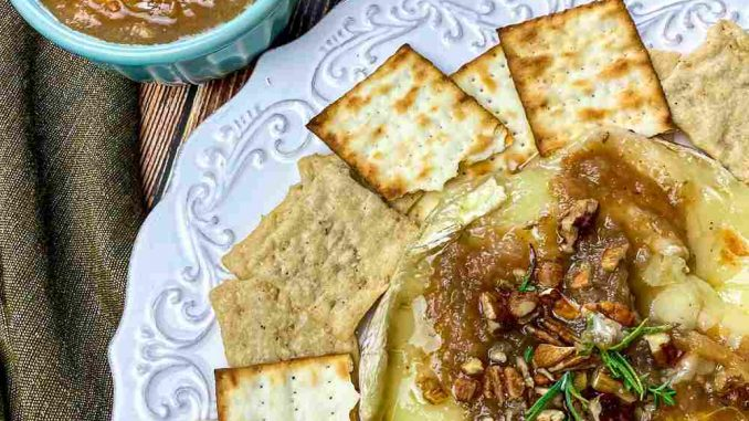 Baked Brie with Apple
